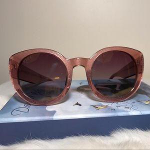 DIFF Blush Pink Sunglasses Polarized Lens